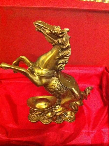 Tượng ngựa bằng đồng làm quà tặng Tốt nhất