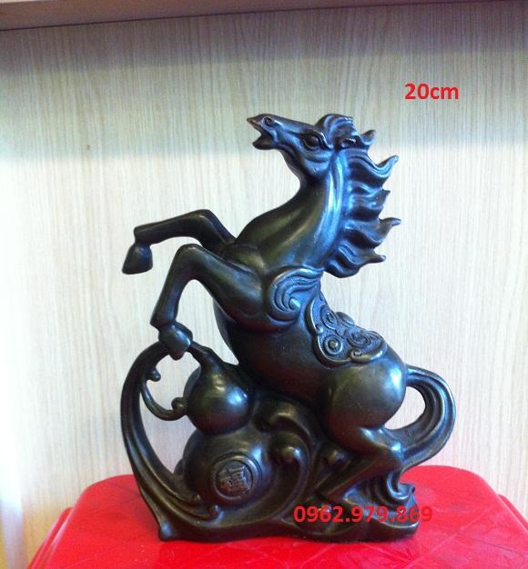 tượng ngựa đứng hồ lô
