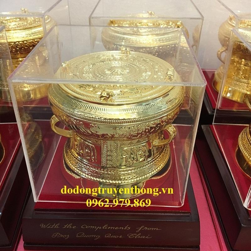 trống đồng mạ vàng cao cấp tặng sếp cuối năm