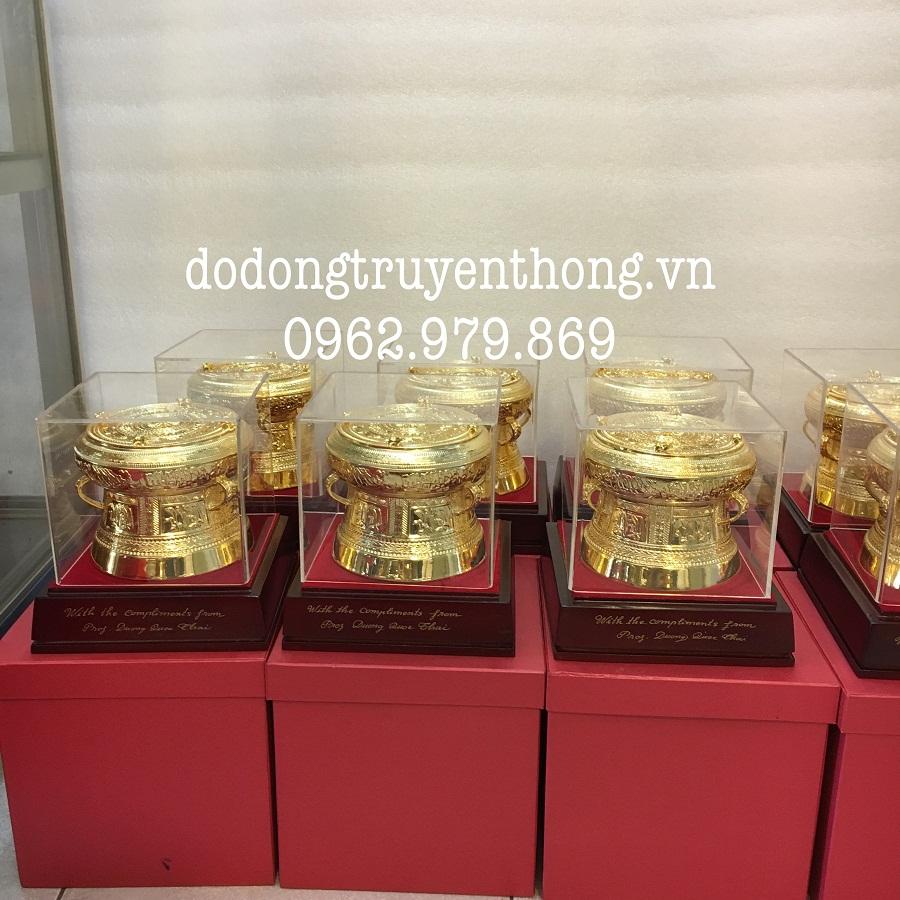 Trống đồng mạ vàng cao cấp tặng đại lý