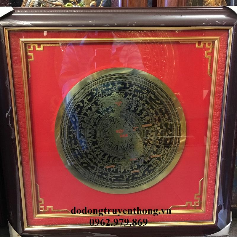 Tranh trống đồng đóng khung làm quà tặng